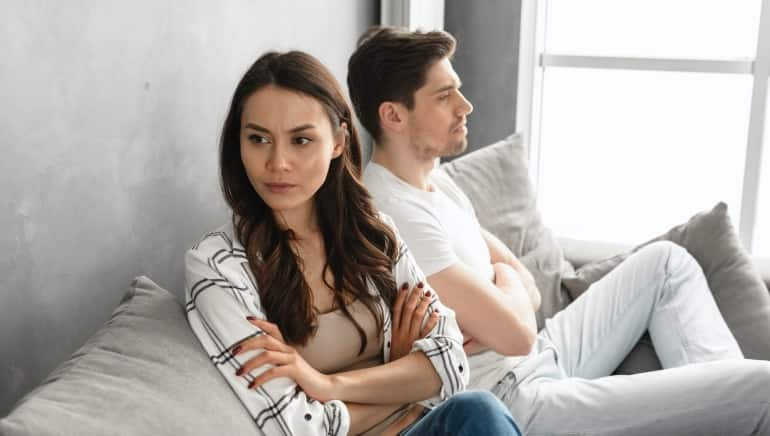 Are you the toxic one in your relationship? Here are 6 signs to look out for
