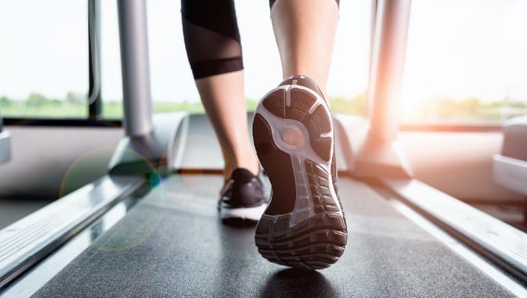 Running in the open versus on the treadmill: What's a better workout?