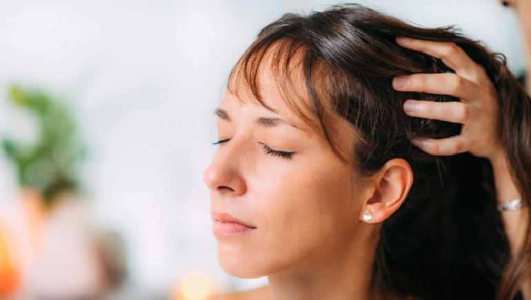 These are the best and worst oils for a scalp massage if hair growth is on your mind